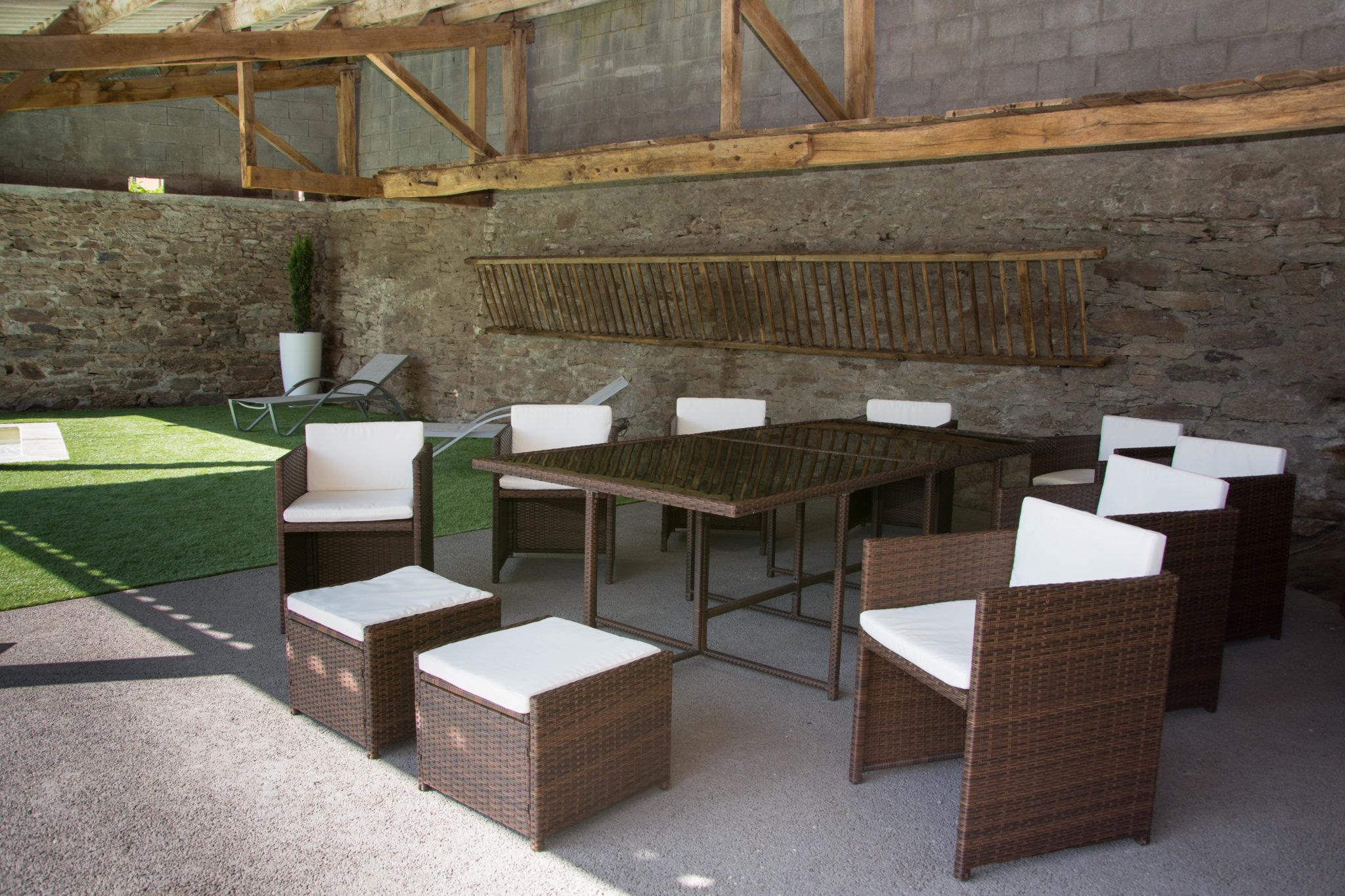 Espace repas extérieur