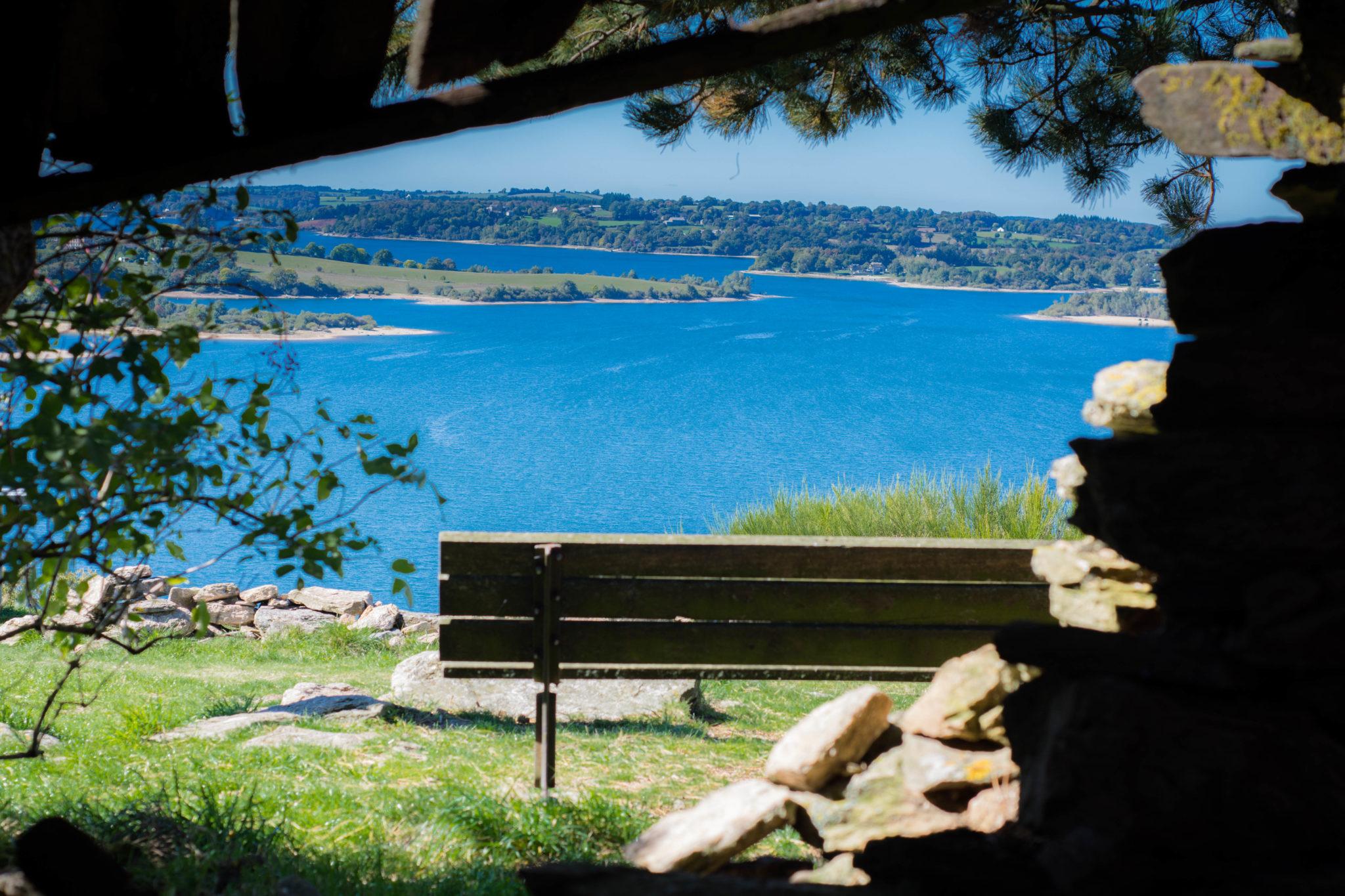 Pause sur le Lac de Pareloup
