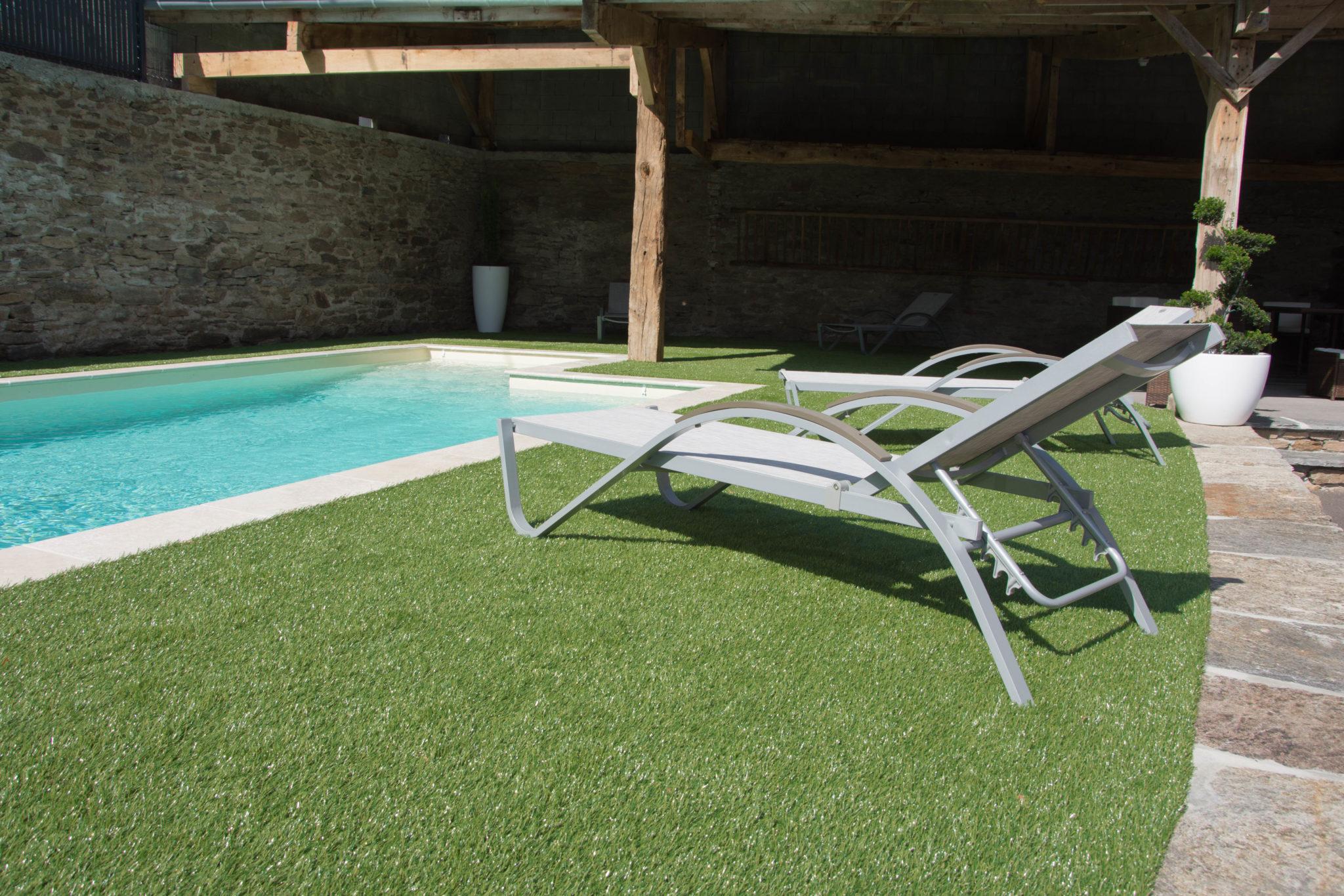 Profitez de l'espace piscine